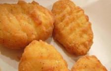 Nuggets de frango são formados por veias, nervos, gordura e pouca carne de frango, diz estudo